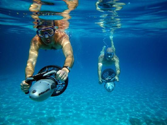 6 reasons to use an underwater scooter the snorkel store for Yamaha water scooter