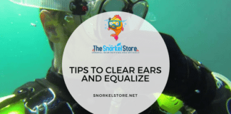 scuba diver equalizing ears